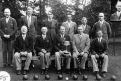 Back: Walter Parsons, Will West, Walter Moulder, Charlie Gibbons, Jethro Callow, Willie Courtnell. Front: James Canty, George Brooks, Ronald Riach, Gilbert Newman, Charles Boffin. Inset: Albert Paine.