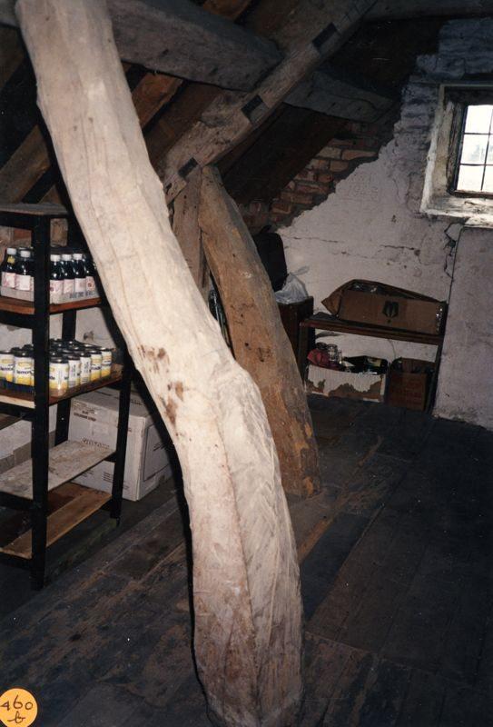 1990 Woodman's Cottage - Attic.