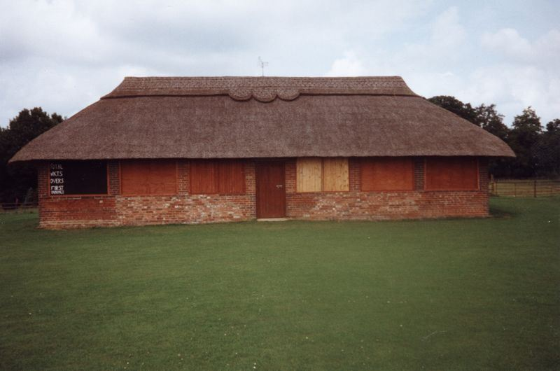 1986 Barton Abbey - Pavilion at the Sands.