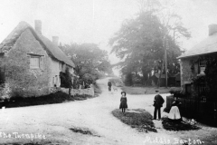 c. 1905 The Turnpike, Middle Barton.