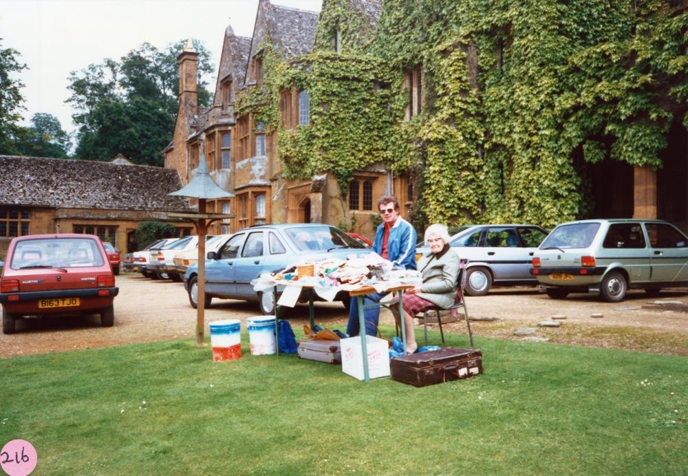 June 1987 Steeple Barton Church fete at Barton Abbey. Mr. Eric Pratley, Mrs. Ruby Pratley.