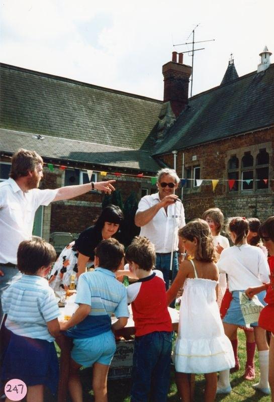 July 1987 Middle Barton School Fayre - Joyce Portlock and Chris Gregory.