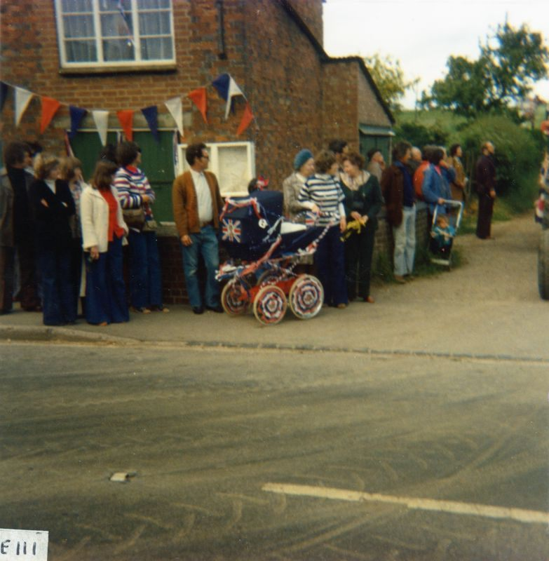 June 7 1977 Silver Jubilee procession - North Street.