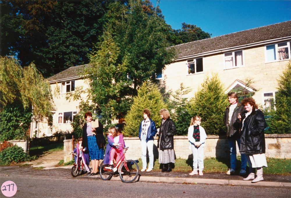 1987 Sponsored Bicycle Ride in aid of the School and the Playgroup. Left: Sarah, Francessca and Vicky Pinion, Joy Stewart. Right: Angela Stewart, Paul Goodall and Kay Stewart. South Street