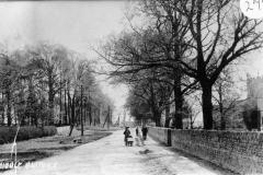 Enstone Road.